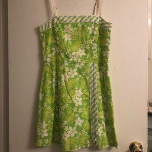 Lilly Pulitzer dress. 👗
